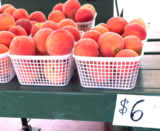 What your farmer's market can teach you about local marketing
